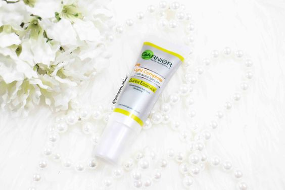 Garnier Complete Super Essence