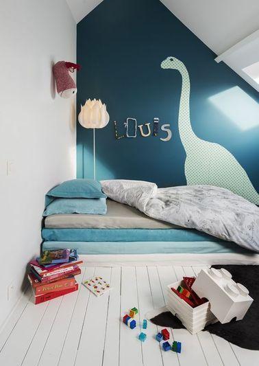 brachiosaure peint sur le mur