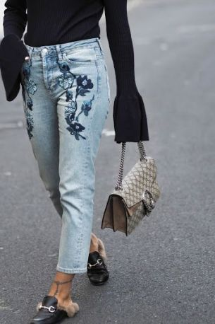 TWO WAYS TO WEAR EMBROIDERED JEANS - A FASHION FIX // UK FASHION AND LIFESTYLE BLOG: