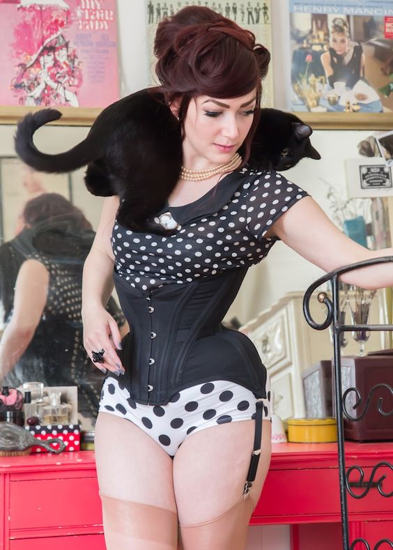 20 Bones Broken Ribs And Other Myths About Corset