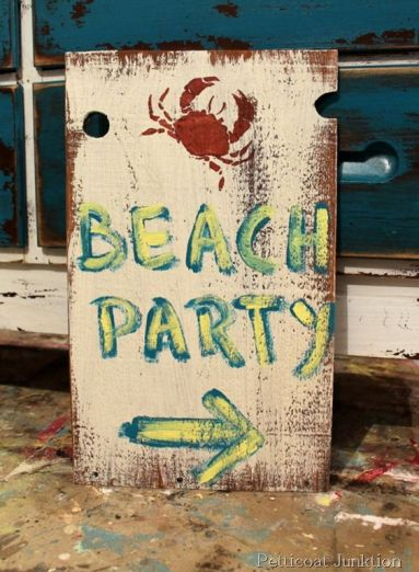 Are you ready for the #GHCBeachDays Pinterest Party? This fun Diy Beach Party Sign Project by Petticoat Junktion is a great way to kick off a beach party: