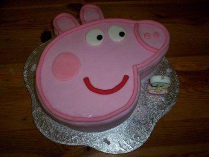 Peppa pig cake: