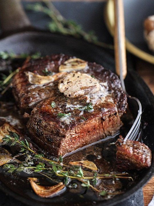 This Steak Is So Good-Looking We Almost Can't Handle It — Delicious Links: