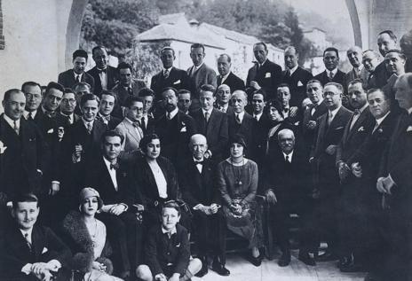 Organizadores e invitados del Concurso de Cante Jondo de 1922