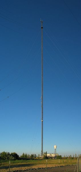 A 2049 ft tall guyed mast in California, United States.
