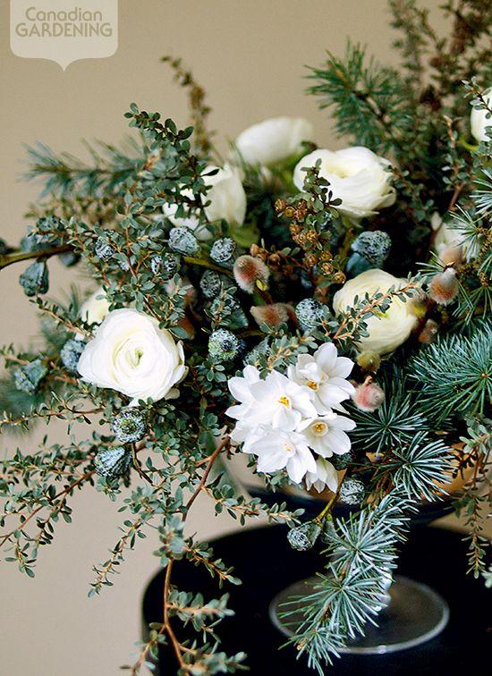 Seasonal flower arrangement: Snow white: