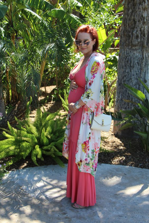Perfect vacation outfit.  Pin now, shop later.