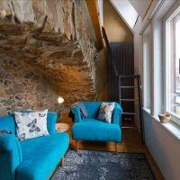 変わった宿:ドイツの中世の壁の部屋