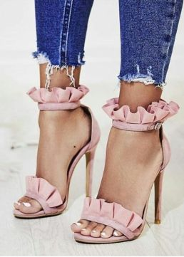 10 Best Places To Find Cute And Cheap Heels Society19