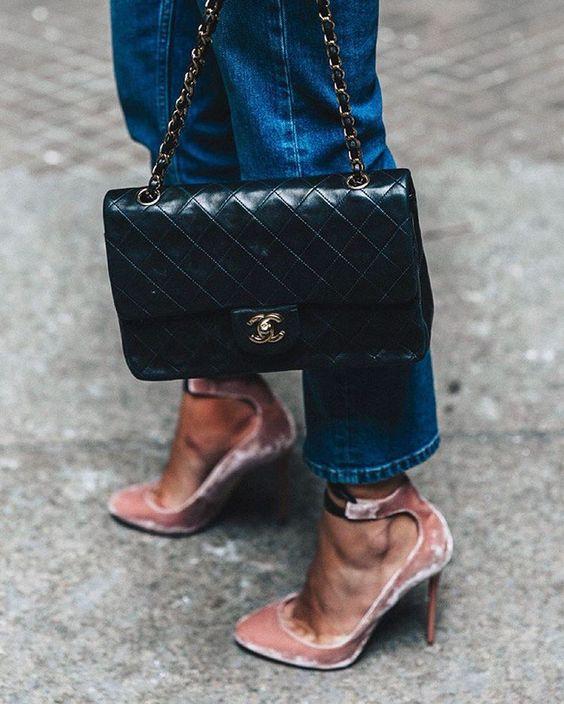 Chanel bag + pink heels + jeans.: