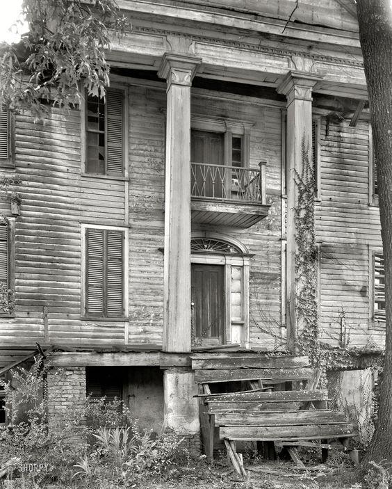 "Greene County, circa 1936. ""Ruined house"