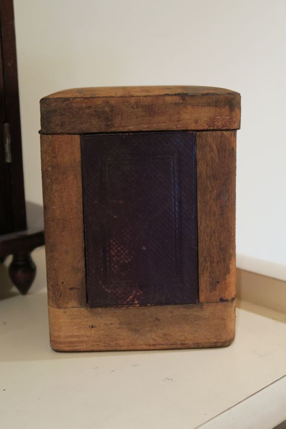 Blue Watch To Ensure A Like-New Appearance Indefinably Vintage Antiqued Wooden Chest Fire Brigade Box