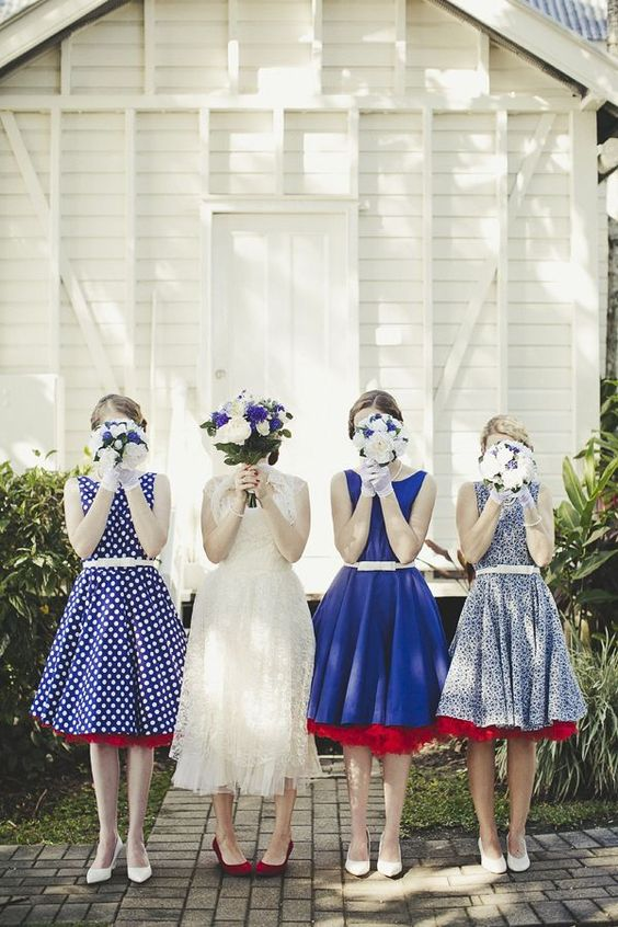 Vintage bridesmaids' dresses: