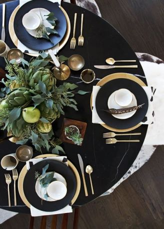 5 Tips for Perfect Holiday Table Settings -Decorated Life