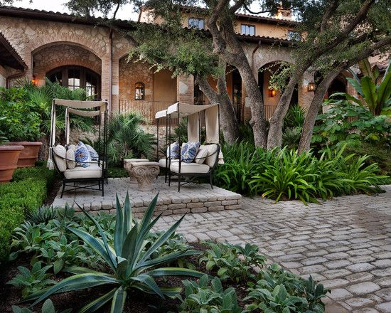 Exotic Cool Courtyard With Natural Stone And Brick