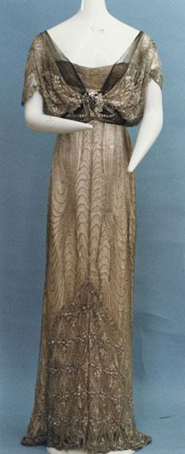 Evening dress ca. 1912: