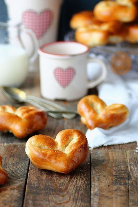 Heart buns: