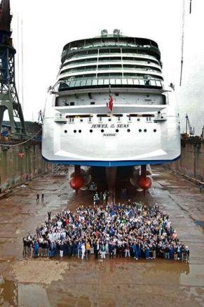 Afbeeldingsresultaat voor Jewel of the Seas drydock
