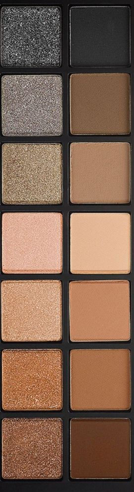 The Full Exposure Palette from Smashbox has gorgeous eyeshadow colors!