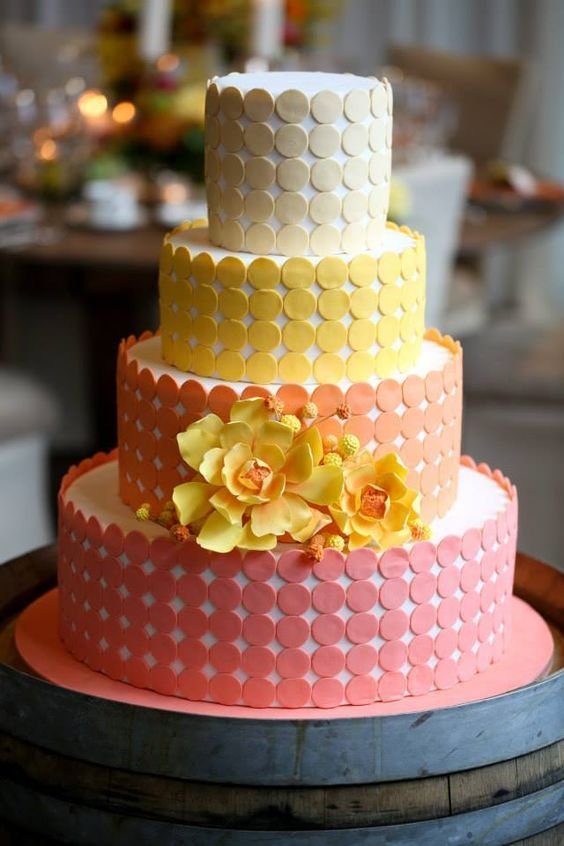 wedding cake with chic and elegant