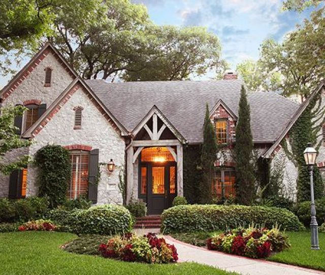 Best Images About Dallas Area Homes Exquisite Exteriors On Pinterest Traditional Home And French