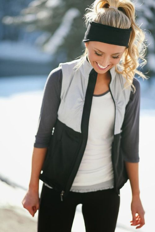 Personal Fashion Black Yoga Pants Workout Top with Jacket Black Headband Fitness Gear