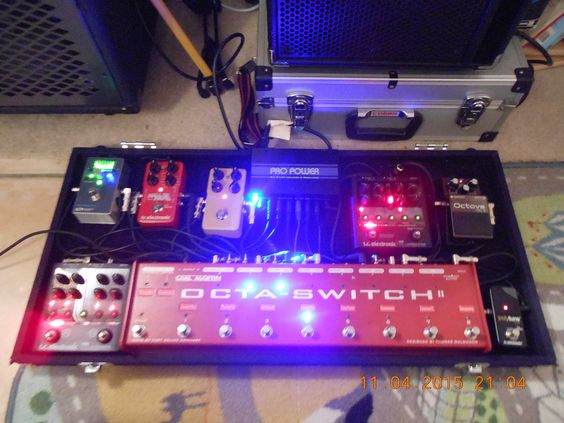 #Pedalboard | 2015 | by Simon Edward | No chain as such ~ separate isolated feeds into Octaswitch 2 by Carl Martin. I'm using Polytune Noir, Nova Modulator, Alter ego Delay, HOF Reverb and Nova Dynamics (compressor) and the legendary BOSS OC-2 Octaver; Powered by 'Pro Power' by Carl Martin.. The board and case is the Showman by Diago UK. Zero tone suck and big fun to use!!: