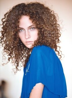 white girl reppin the curls curls and ringlets pinterest girls curls and love the