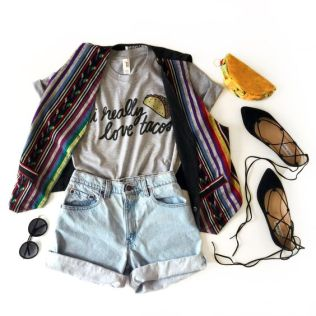An outfit for taco Tuesday, Cinco De Mayo, and every day!: