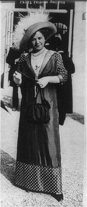 The Falcon at the Portal - Season 1911-12; Paris fashion, May 1911: polka-dot sleeves and hem: