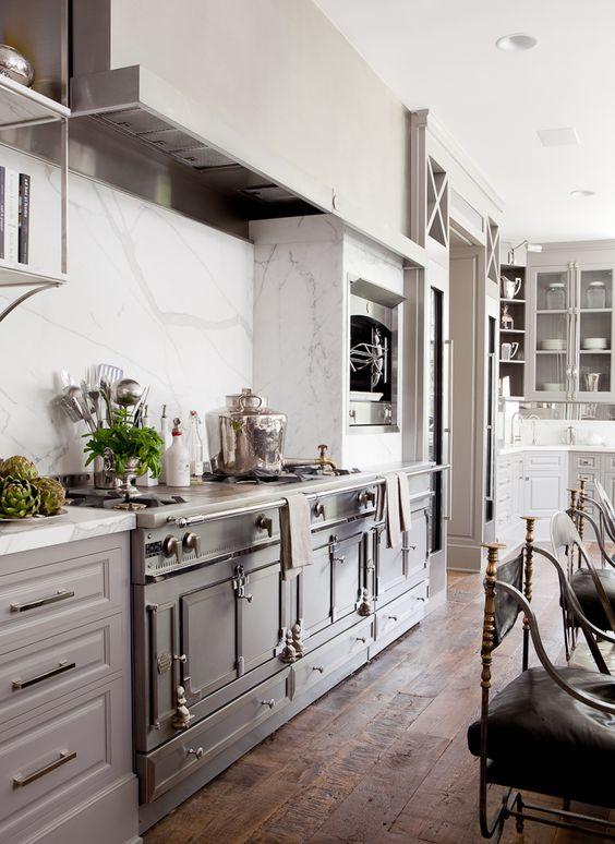 La Cornue ~ white marble. #white #kitchen #design: