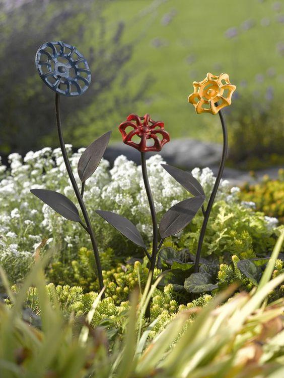 Garden Art from DIY projects to Art to Buy. - Dan 330: