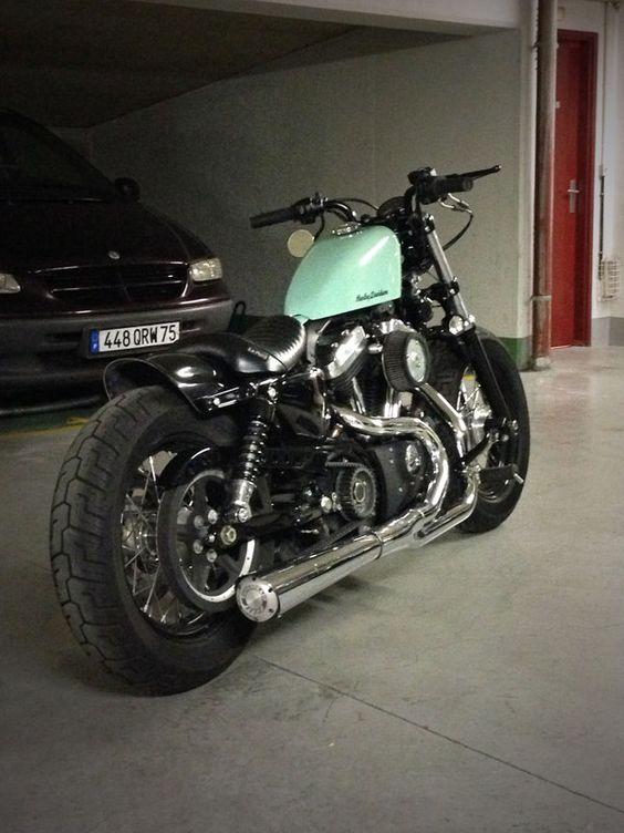 Harley 48 Bobber Seat Caferacer Wbi