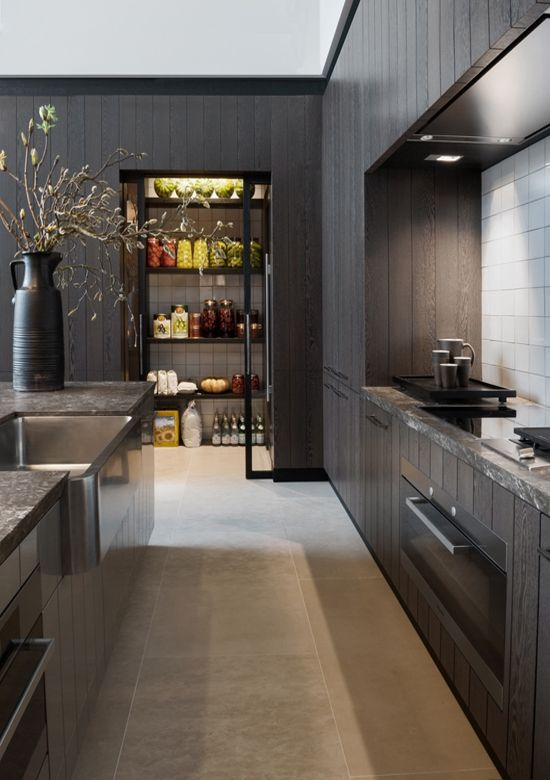 Black Wooden Kitchen:
