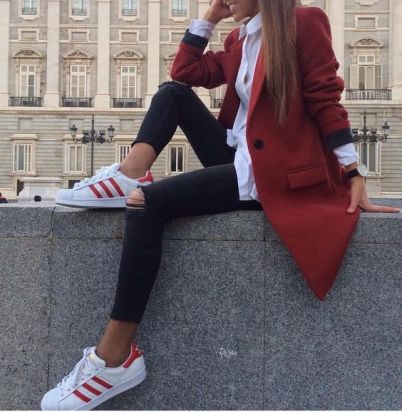 NEW STUNNING INSPIRATION - Follow the stylish @STYLESTUDIO fo more! Picture isa_gme #howtochic #ootd #outfit: