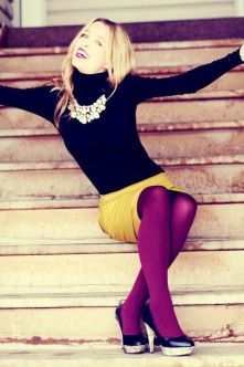 How to wear color tights - love this look: