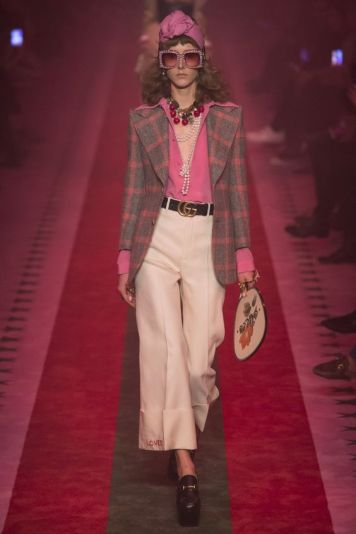 Gucci Spring 2017 Ready-to-Wear Fashion Show - Maria Zakrzewska: