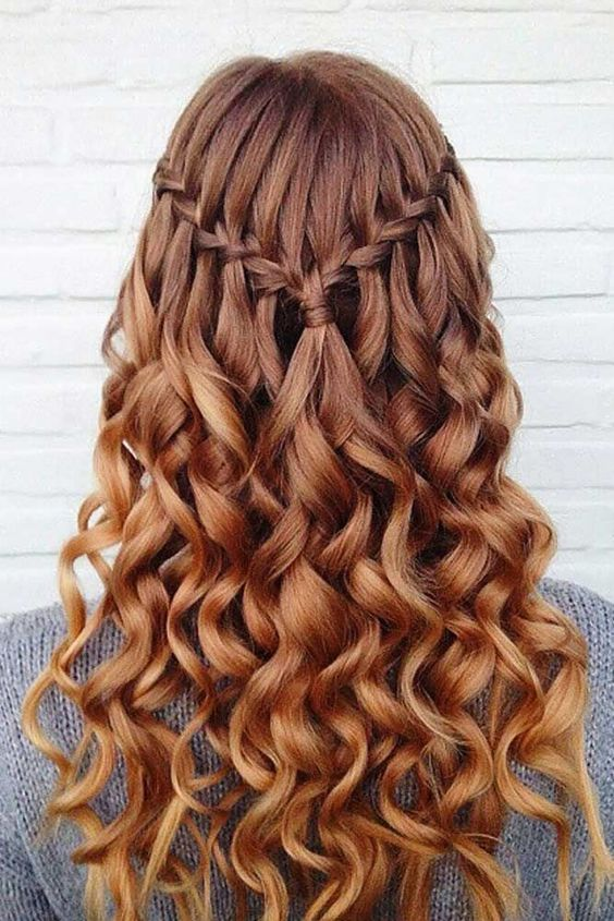 Good One Of The Most Gorgeous Prom Hairstyles!