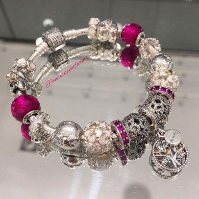 Pandora bracelet. Winter Christmas 2015: