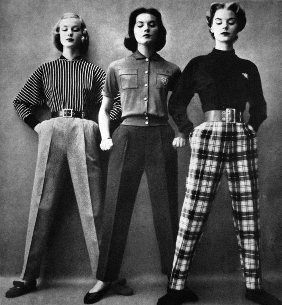 Vogue US 1951 #Retro #Fashion #Vintage: