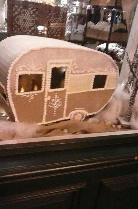 Trailers Gingerbread And Cakes On Pinterest