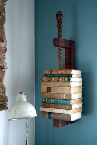 Vice bookcase: