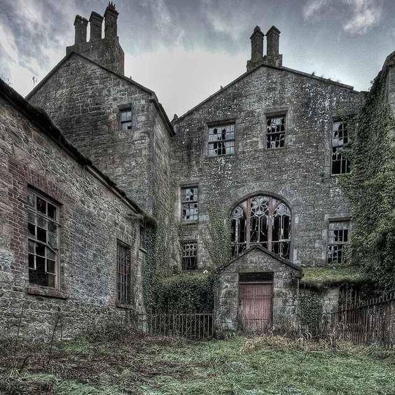 Abandoned manor house County Tyrone, Northern Ireland