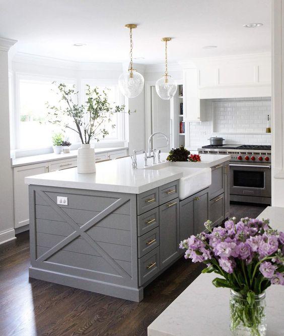 Kitchen island paint color