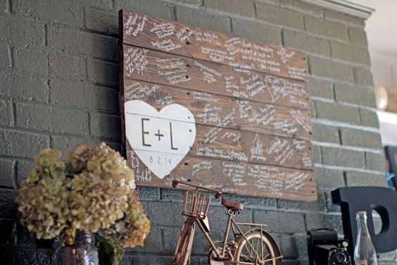 f0e223057c835e78cf5ba6635b8f717b 10 Creative Ways to Incorporate Your Wedding into Home Decor