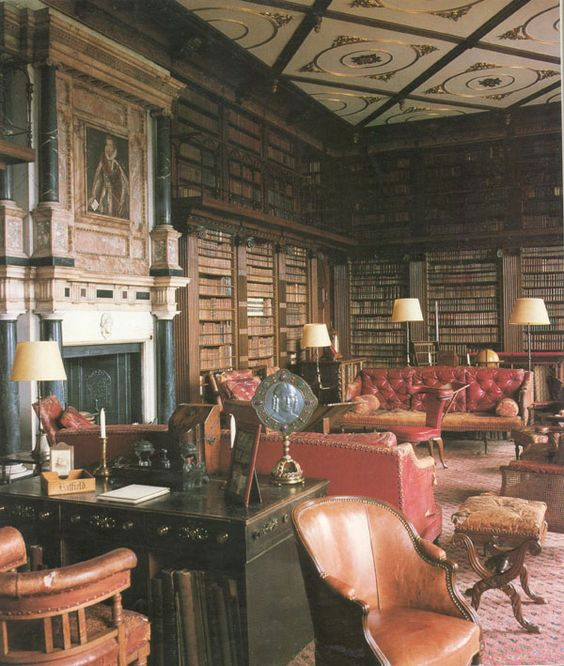 The Library at Hatfield House in Hertfordshire, England. The house was built in 1607 and the library occupies the site of the original Great Parlour and Withdrawing Chamber. It contains over 10,000 volumes dating from the 16th century to the present day.: