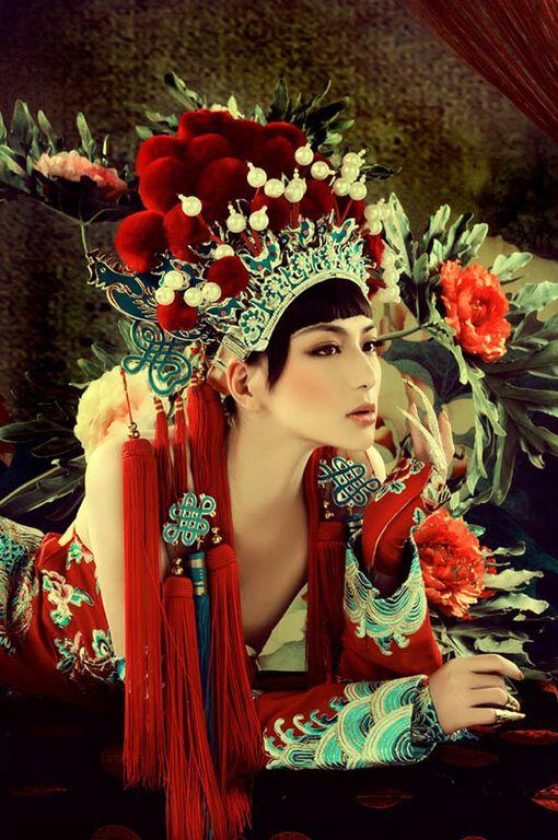 headdress: