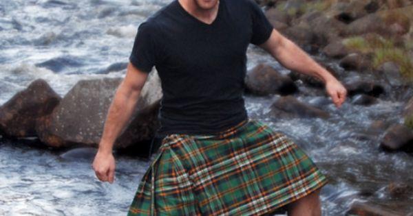 Kilts-men-naked-shirtless-irish-leather
