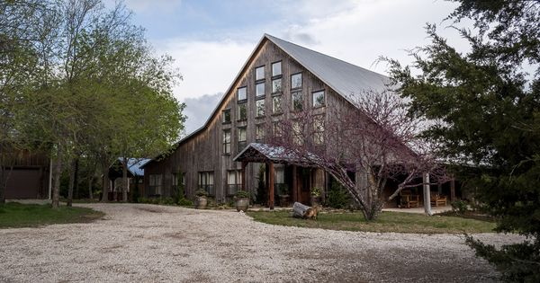 Wedding Receptions At The Avalon Legacy Ranch In Mckinney