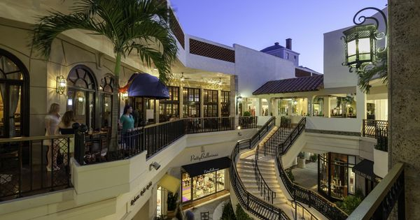 Worth Avenue In Palm Beach Is Home To A Variety Of Upscale